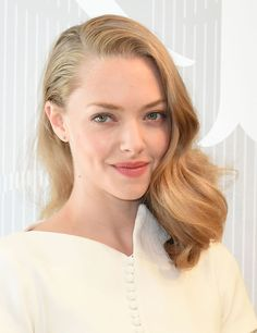 10 Things You Didn't Know about Amanda Seyfried – Celebrities Woman Popular Short Hairstyles, Hairstyles For Round Faces, Trending Hairstyles, Celebrity Hairstyles, Latest Hairstyles, Amanda Seyfried Hair, Amanda Seifried, Christmas Party Hairstyles, Jenifer Lawrence