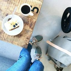 What a tasteful little coffee-party❤ I want those shoes too  Pic by the one and only @sarastrandno #itskaos #KAOSRansel #adidasbystellamccartney #cafelife