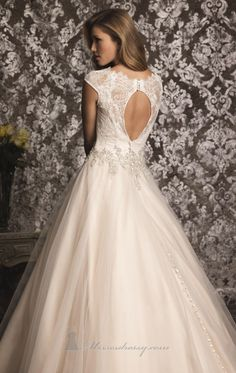 Allure 9022 by Allure Bridals