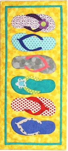 Flip flops are perfect for a summer table runner