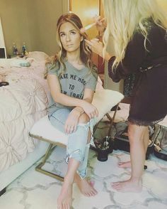 Sick or not...the show must go on. Jessica gettin Jessie glam for her opry performance. 10\1\16