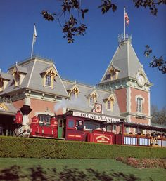 Disneyland train!!! 1 more day until we leave for Disney!!! Yay!!!