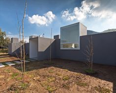 Lucernas house_une grande fenetre carré dans du plein_Chili_ by 01 arq
