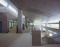 Okinawa Nursing Training Center / IIDA Archiship Studio
