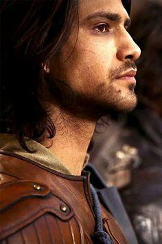 D'Artagnan. Luke Pasqualino.
