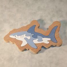 """Puzzle à plat """" requin """" en bois"""