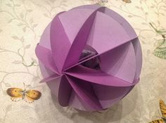 Papercrafts and other fun things: A Circle Within a Circle Slice Form