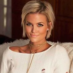 12 GORGEOUS SHORT STRAIGHT HAIR IDEAS