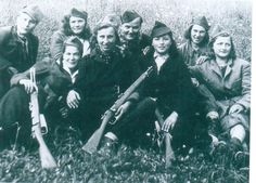 Female soldiers in WWII. Biddy Craft.  Yugoslavian partisan women with Italian carbines.