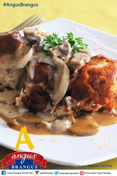 #PlatoRecomendado para hoy en #AngusBrangus – POLLO PRESIDENT: Pechuga de pollo rellena de jamón y queso, se sirve apanado y sobre una salsa de champiñones. Reservas: 2321632 o a través de nuestro sitio web http://www.angusbrangus.com.co   #Poblado #RestaurantesMedellín #Restaurantes #medellín #sitegustacompartelo #opciónhoy #lunes #colombia