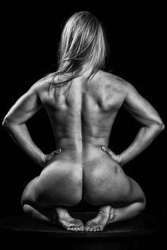 Inspiration By Exploration: Journey Through Fine-Art Photography Female Girl, Sports Women, Fine Art Photography, Female Bodies, Physique, Naked, Lady, Fitness, Artist