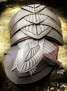 """Noble Shoulder Armor - love the """"feathering"""""""