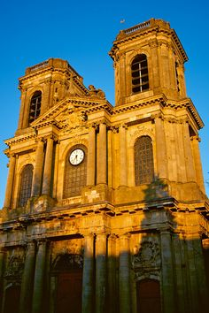 Cathédrale Saint Mammès, Langres by tm-tm, via Flickr