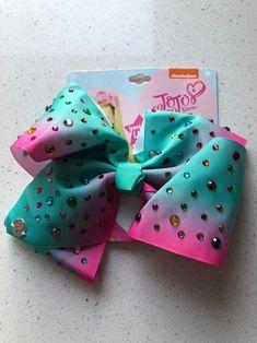 I Love Girls, Little Girls, 90s Candy, Jojo Siwa Hair, Teal And Pink, Blue, School Hair Bows, Jojo Siwa Birthday, Baby Shower Crafts