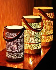 Wundervolles Windlicht ! Home And Living, Candle Holders, Candles, Spot Lights, Ideas, Candlesticks, Candelabra, Candle, Lights