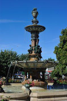 La fontaine du square de la Mairie Hôtel de ville de Limoges
