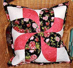 Úžitkový textil - patchworkový vankúšik-návliečka - 7134176_