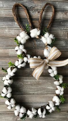 Easter Cotton Boll Wreath, Farmhouse Wreath, Bunny Cotton Wreath, Easter Wreath, Spring Wreath, Easter Bunny Wreath, Cotton Wreath, Boxwood Wreath, Home decor, Spring decor, Easter decor, front door porch #ad