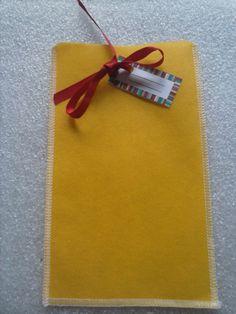 Saquinho 16X9cm -Acompanha fitinha de cetim e etiqueta de identificação 20 unidades - See more at: http://www.kekamoranguete.com/#sthash.XR5FFiPD.dpuf