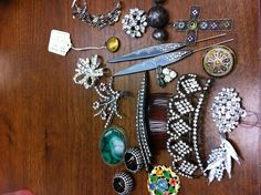 Hair accesories and brooches