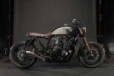 Cafe Racer Moto Speed Retro