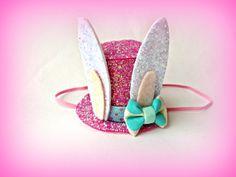 Easter Bunny Hat Easter Bunny Ears Pink Top Hat by littleblueolive Easter Bunny Ears, Bunny Hat, Easter Hat Parade, Mermaid Hat, Felt Crown, Crazy Hats, Easter 2020, Diy Hat, Easter Activities