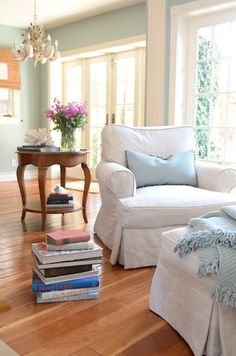 Balboa Island beach house, interior design and decorating for a balboa beach summer home. Color palette of blue, white, and wood tones.
