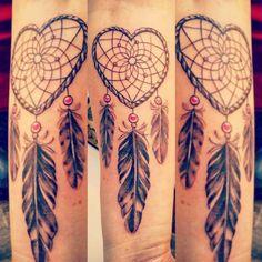 Heart-Shaped Willow Hoop Dreamcatcher Tattoo