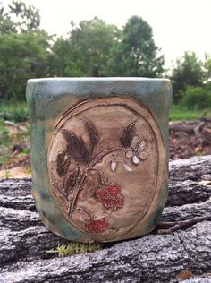 Win this Raspberry Teacup at Herbal Roots zine this week Monday 5/12/14 - 5/19/14. Sign up at: http://www.herbalrootszine.com/archive/2014/05/giveaway-monday-raspberry-mug-from-mulberry-mudd/  #mulberrymudd #herbalrootszine #mondaygiveaways