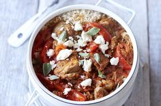 Here's an easy one-pot Spanish chicken and rice recipe. It only takes 45 minutes, feeds six hungry mouths and you only have to focus on one pot, what could be easier? You'll even have time to relax before tucking into the perfect, cheap, no - fuss dinner.