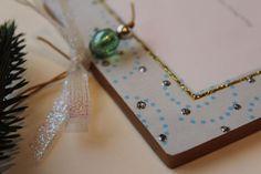 Photo Frame Signed Sybille Lichtenstein Glittered Wood Slice Christmas Ornament