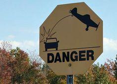 Strange Traffic Sign -- What does it mean? | Gadling.com