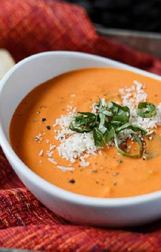 Low FODMAP and Gluten Free Recipe - Creamy tomato soup