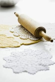 doily-imprinted cookie dough - what a cool idea! Or how about PIE CRUSTS doily-printed?! photo gallery by photographer tara sloggett (inspiration only) - #cookie #dough #doily #imprint #roll #rolling #pin #decorate #food #pie #crust - tå√