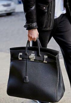 Hermes Birkin Bag for MEN Pasta Masculina, Hermes Men, Hermes Bags, Hermes Handbags, Hermes Birkin, Luxury Bags, Luxury Handbags, Bag Sale, Beautiful Bags