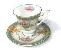 Vintage Royal Worcester English Fine Bone China, Melba Pattern Demitasse Set