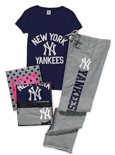 New York Yankees Tee & Boyfriend Pant Gift Set #Christmas #Yankees