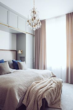 Bedroom Built in cupboards around bed with sconces and glasses/water niche Dream Bedroom, Home Bedroom, Master Bedroom, Bedroom Decor, Design Bedroom, Pretty Bedroom, Guest Bedrooms, Bedroom Lighting, Bedroom Storage