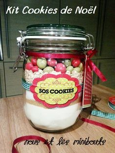 Kit Cookies de Noël 2 Kit Cookies, Diy Cadeau Noel, Biscuits, Mason Jars, Recipies, Food And Drink, Packaging, Baby Shower, Bottle