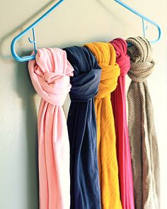 Keep your scarves or tights straight by tying them to a hanger. 53 Seriously Life-Changing Clothing Organization Tips Organisation Hacks, Scarf Organization, Storage Organization, Clothing Organization, Bedroom Organization, Storage Ideas, Organizing Ideas, Storage Hacks, Bedroom Storage