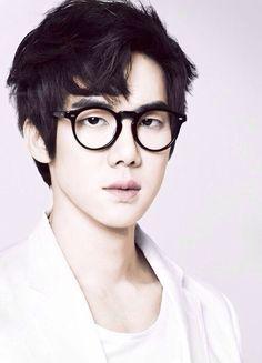 Yoo Yeon Seok, Andew 2014 S/S Collection
