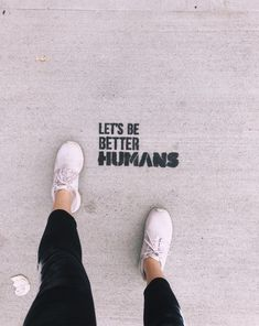 (Too many repubs to count💓) A collection of things I have seen on Boston streets / 2 Cafe Interior Design, Cafe Design, Happy Quotes, Life Quotes, Qoutes, Small Coffee Shop, Sidewalk Chalk Art, Be A Nice Human, Pretty Words