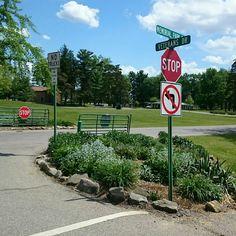 Grove City Memorial Park Street Sign