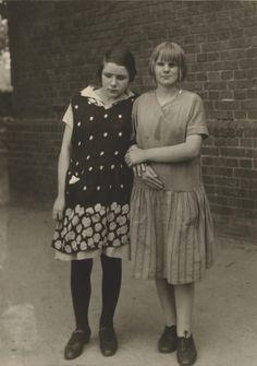 August Sander - Blind children (Blindenkinder), 1930