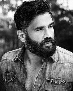 YUMMMMMM !!! Is it the salt and pepper beard? Or the super trendy hair? | Can We Just Talk About How Hot Suniel Shetty Has Gotten?