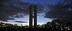 Sábado terá umidade do ar entre 18% e 58% no DF - http://noticiasembrasilia.com.br/noticias-distrito-federal-cidade-brasilia/2015/08/14/sabado-tera-umidade-do-ar-entre-18-e-58-no-df/