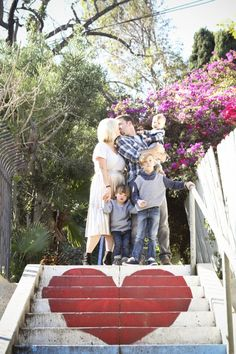 love this spot for family photos in Los Angeles - such a perfect photo to frame! | Oh Lovely Day & photos by Jen Roper