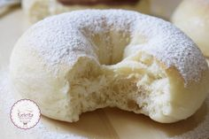 Bagel, Donuts, Bread, Cookies, Recipes, Food, Frost Donuts, Crack Crackers, Beignets