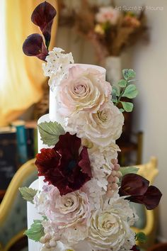 Sugar roses peonies and calla lilies | Huge floral wedding cake | Marsala | Luxury cakes | Art Sucré by Mounia | Cakes