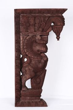 These wood carvings are known as Yali brackets usually wall hangings used in interior decorations. Traditional Front Doors, Traditional Decor, Ethnic Home Decor, Indian Home Decor, Old Wood, Teak Wood, Wooden Brackets, Wall Brackets, Indian Furniture